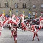 [ Volterra ] Austiludio: torneo tra sbandieratori a Volterra