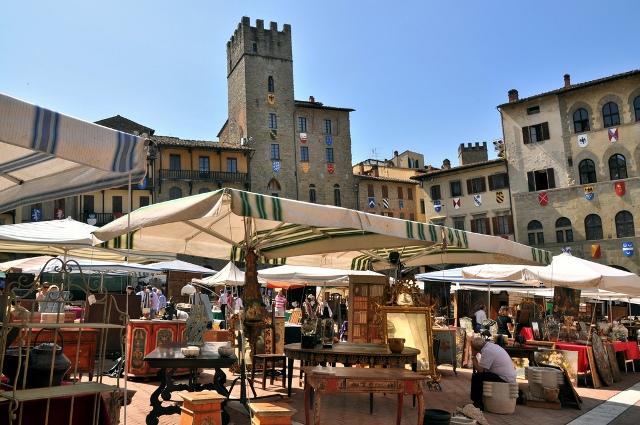 Arezzo fiera antiquaria a arezzo tempo libero for Arezzo antiquariato