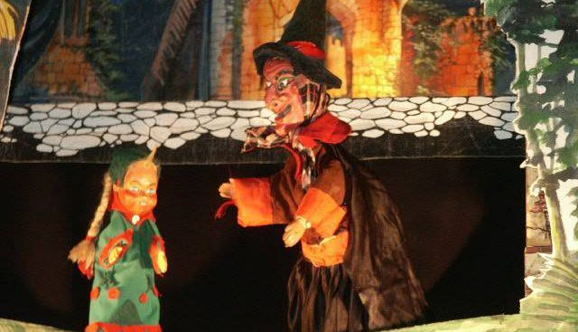 Pupi di Stac presenta La Bella Addormentata nel Bosco al Teatro Puccini