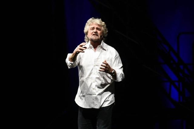 Grillo vs Grillo al Teatro Goldoni di Livorno