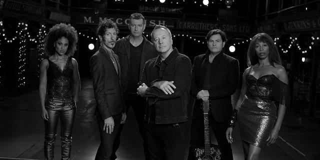 Simple Minds al Teatro Verdi con il Tour Acousticlive, un'occasione per ripercorrere i brani più celebri