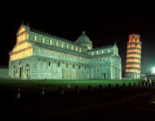 Piazza dei Miracoli: aperture serali