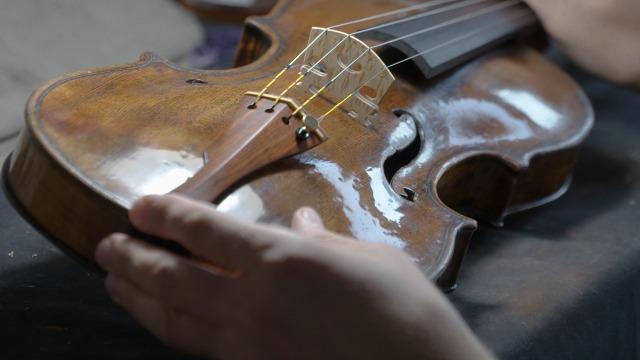 """""""Suona"""" l'arte liutaria toscana, undici concerti  da ottobre a dicembre con strumenti storici restaurati per l'occasione a Firenze"""