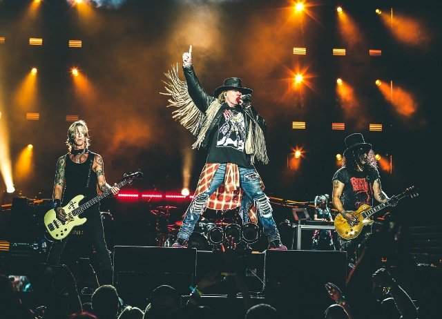 Guns N' Roses in Not in this Lifetime Tour al Visarno Arena Parco delle Cascine