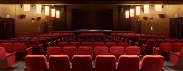 Cartellone del Teatro Excelsior di Reggello, sei appuntamenti con il teatro contemporaneo tra gli artisti Ascanio Celestini, Ugo Dighero, Andrea Cosentino, Carrozzeria Orfeo, Oscar De Summa
