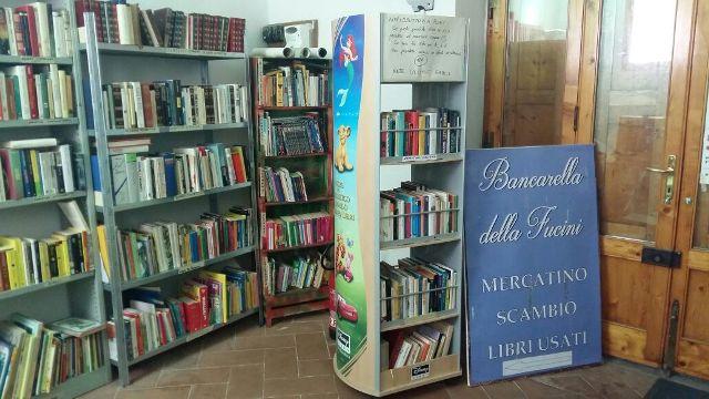 Empoli secondo sabato c la bancarella della fucini mercatino dei libri usati empoli - Mercatino dei mobili usati ...