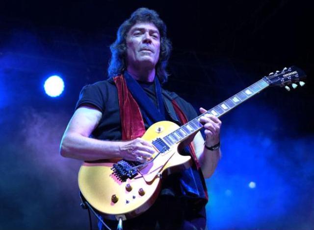"""Steve Hackett e il suo show intitolato """"Genesis Revisited, Solo Gems & Guitar"""" al Pistoia Blues Festival"""