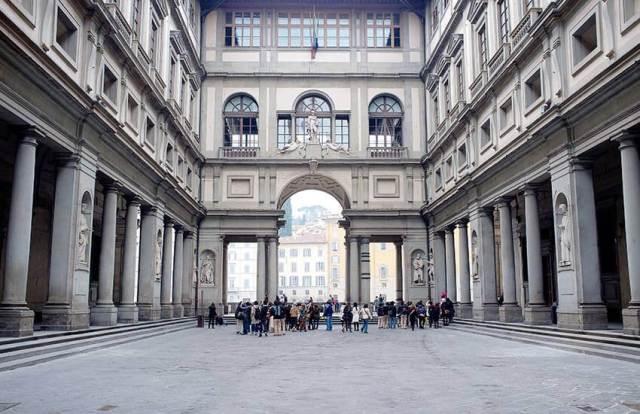 Emergenza COVID-19 chiusura di tutti i musei italiani. Fino al 3 aprile 2020 anche i musei delle Gallerie degli Uffizi rimangono chiusi al pubblico