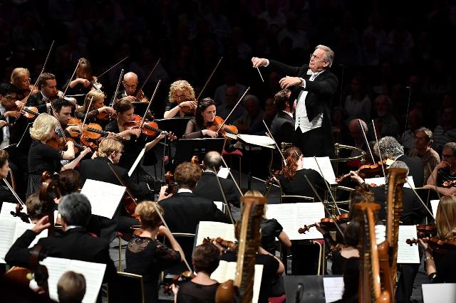 Per Anima Mundi Monteverdi Choir e l'Orchestre Révolutionnaire et Romantique concerto in Cattedrale