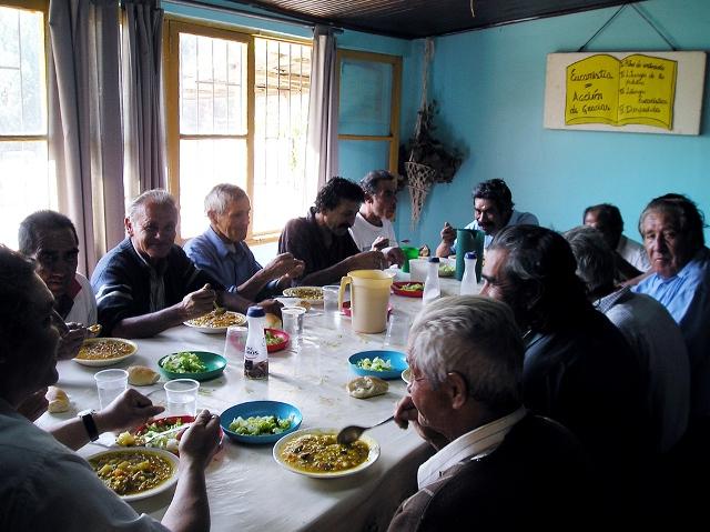 Un pasto al giorno: volontari in tutta la regione