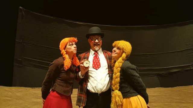 Cominciano le domeniche di Teatro Ragazzi Aspetto il Momento con il bellissimo Racconto di Natale di Dickens