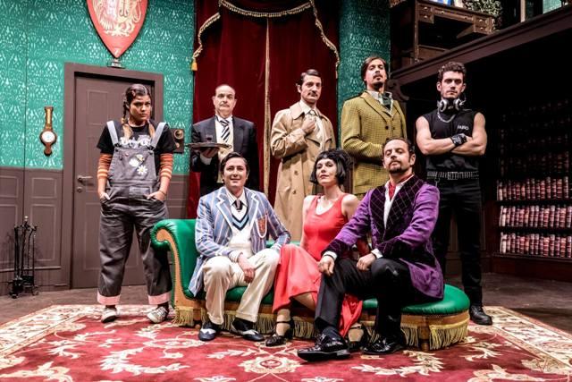 Che disastro di Commedia al Teatro Puccini