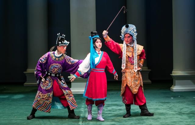 Turandot arriva al Teatro Metastasio