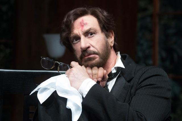 Io e Pirandello con Sebastiano Lo Monaco al Teatro della Pergola