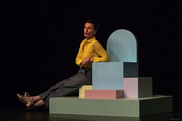 Infanzia Felice uno spettacolo di Antonella Questa al Teatro di Rifredi