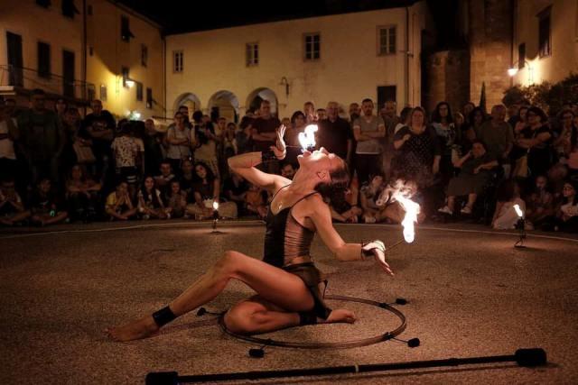 Art En Place – Pisa Buskers IV edizione. Una rassegna dove teatro, circo e musica si incontrano