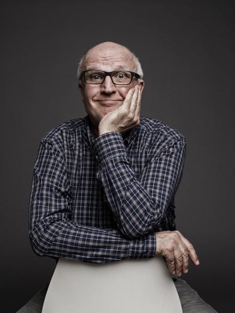 La giovinezza è sopravvalutata – il manifesto di una vecchiaia felice con Paolo Hendel al Teatro Pacini