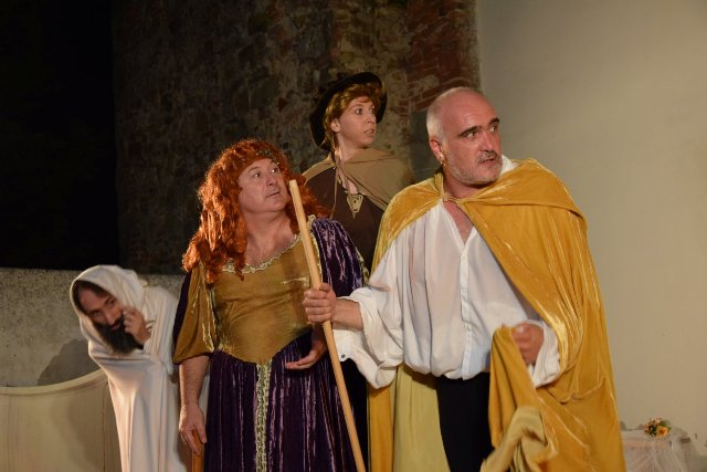 Mandragola in scena: la satira di Machiavelli secondo Alessandro Calonaci al Teatro Boccaccio