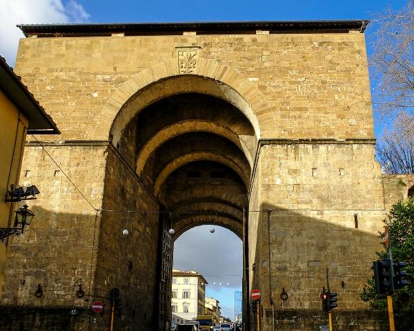 Visite guidate alla Porta San Frediano. Per tre sabati ad ottobre accessi straordinari alla porta d'Oltrarno