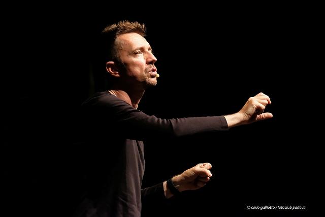 Andrea Scanzi racconta il Gaber Teatrale alla Città del Teatro di Cascina