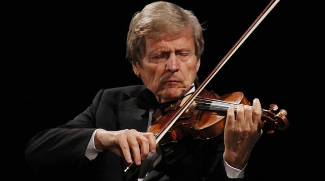 Uto Ughi al violino con Alessandro Specchi al pianoforte al Teatro Goldoni