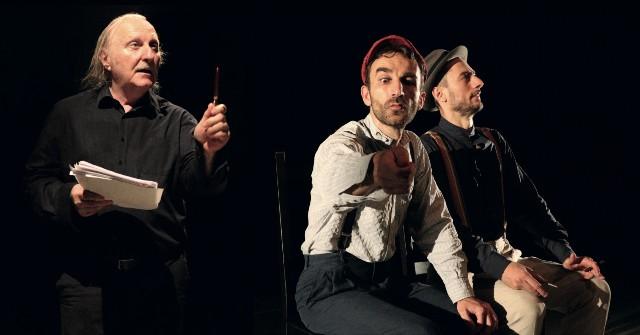 Claudio Ascoli nei panni di Brecht Dialoghi di profughi al Teatro delle Arti