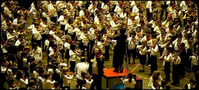 Associazione Borgognissanti  presenta Concerto di Natale 2019 per raccogliere fondi per l'Associazione Tumori Toscana