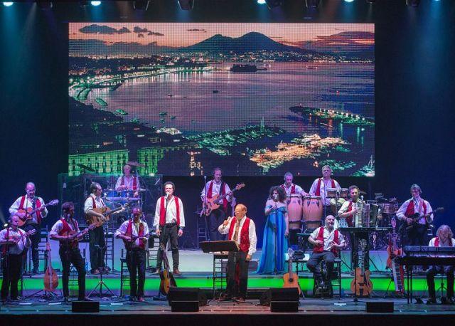 Renzo Arbore e la sua Orchestra Italiana in concerto al Teatro Verdi