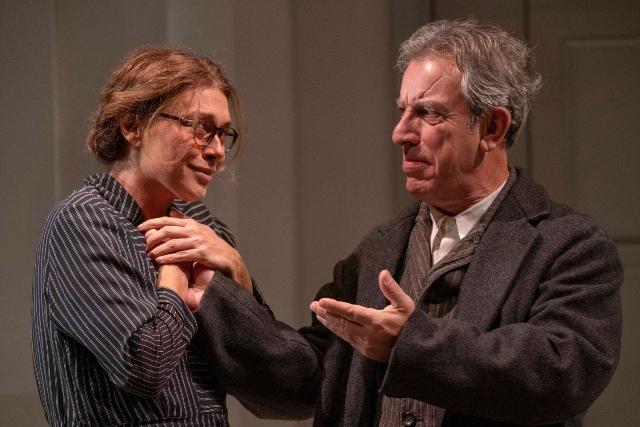 Ditegli sempre di sì di Eduardo De Filippo, regia Roberto Andò al Teatro Era
