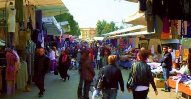 Covid 19, sospeso il mercato settimanale del giovedì in zona sportiva per evitare assembramenti