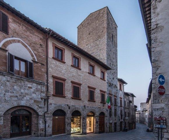 Celebriamo insieme la Festa della Repubblica nei Beni del FAI in Toscana si potrà visitare Torre e Casa Campatelli