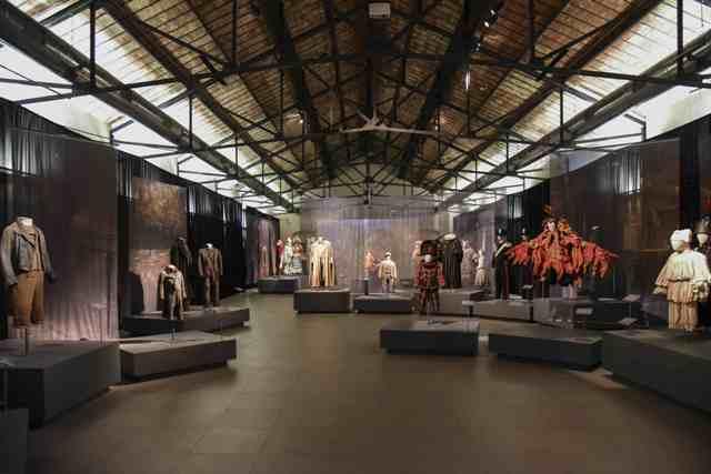 Il Museo del Tessuto di Prato riapre il 19 di maggio e proroga la mostra Pinocchio nei costumi di Massimo Cantini Parrini