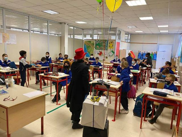 Radio Lina arriva a scuola. Il progetto prevede sette trasmissioni radiofoniche su Radio Lady