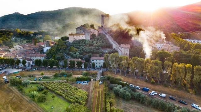 Verruca Art Festival a Calci e a Vicopisano, poesia e musica, camminate e teatro, buon cibo e cultura