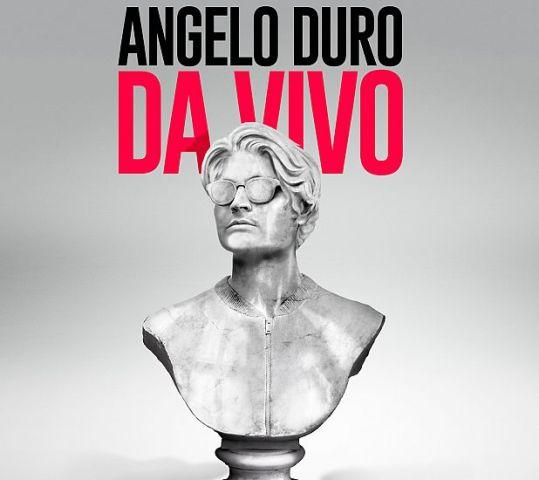 Angelo Duro con il live show Da Vivo al Teatro Puccini